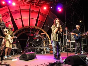 "Concerto ""Acsel & the Reggae Rebel Band"" 4/09/2015  a So Far So Good"